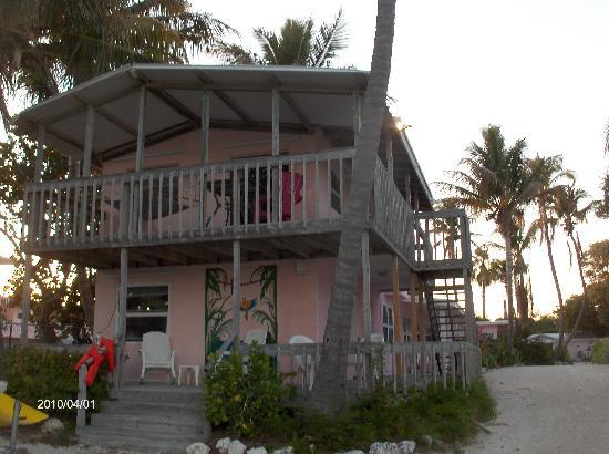 Sands of Islamorada Hotel: upstairs room