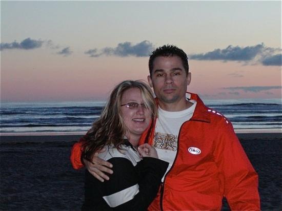 6-25-04 Kelly & Larry Long Beach WA