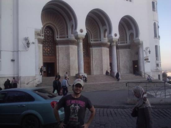 Algiers Image