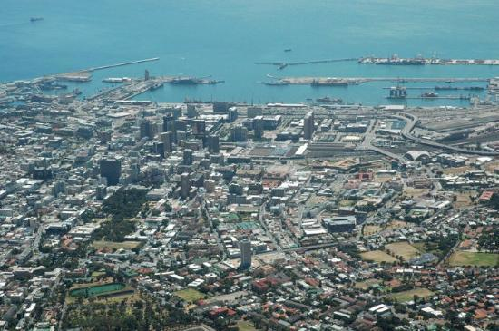 Camps Bay, South Africa: Cape Town from Table Mt.