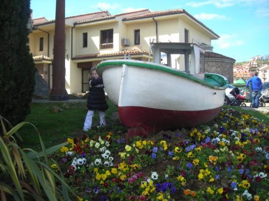 San Vicente de la Barquera Photo