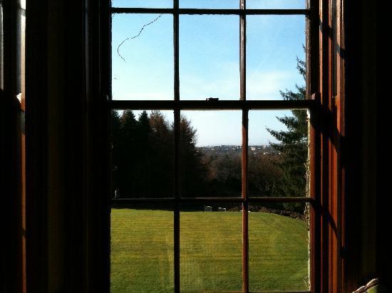 Best Western Balgeddie House Hotel: Garden view