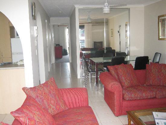 Grangewood Court Apartments Broadbeach: Cosy living area