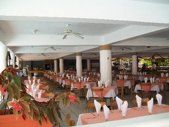 Hotel Beach House Playa Dorada: buffet