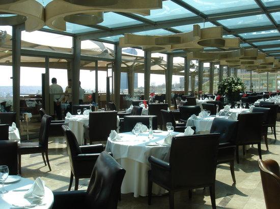 Borsa Restaurant: Newly renovated dining room