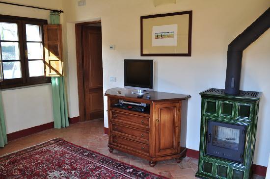 Casa Portagioia: 陶器製暖炉