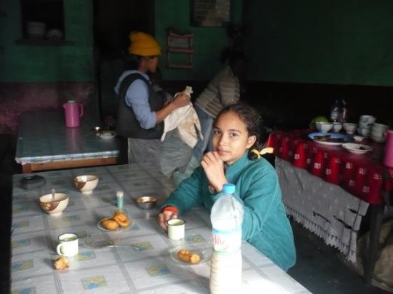 Antananarivo, Madagaskar: efa hoe mofo gasy ho'aho. Miiam
