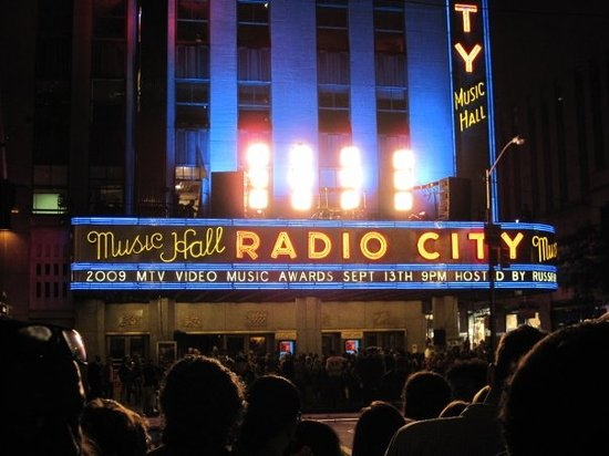 Hotels Near Radio City Music Hall New York