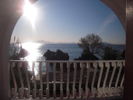 Delfini Strand Hotel Terme: Dalla  camera panorama stupendo..