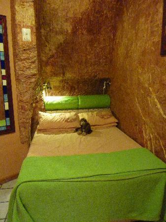 The Underground Motel: The Room
