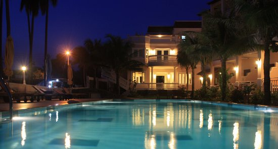 Grace Boutique Resort: Grace at night