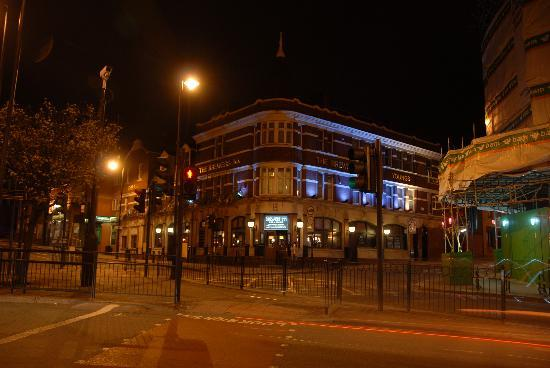 Brewers Inn: hotel @ 3 way intersection