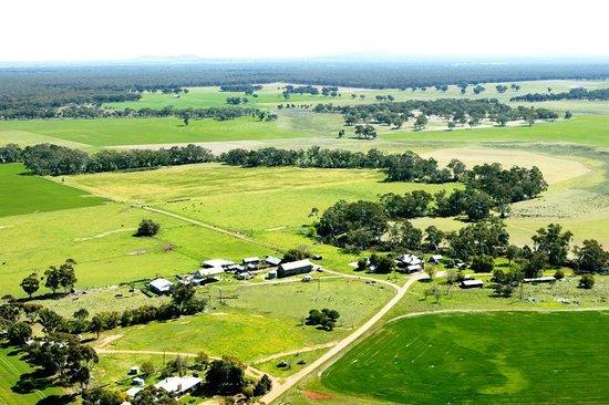 Carisbrook, Αυστραλία: Bird's eye view of Lochinver Farm