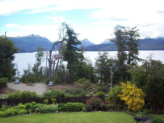 Hosteria Le Lac: jardin