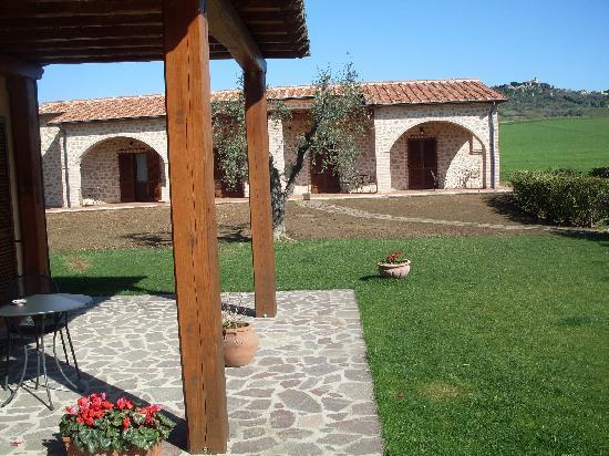Agriturismo Le Cascatelle: Il giardino