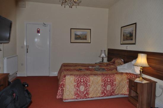 Windermere Hydro Hotel: Our bedroom