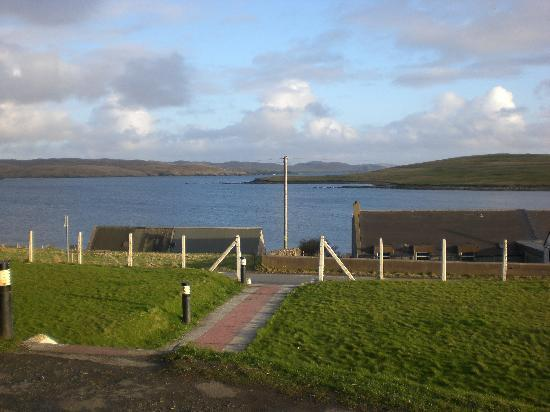 St. Magnus Bay Hotel: View from the hotel front door