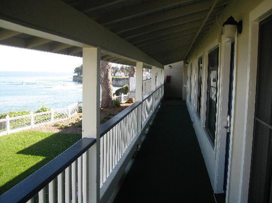 Sea & Sand Inn: Second floor view