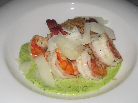 Oceana : Orzo with shrimp and pesto with menchengo cheese