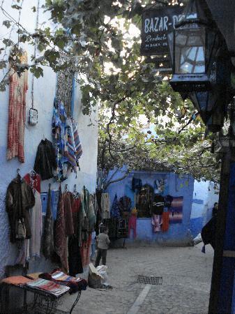 Hotel Dar Terrae: The street