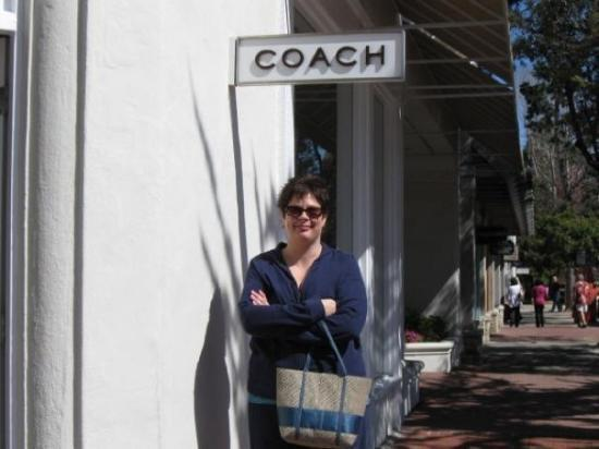 ‪Coach Outlet Store‬