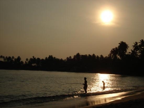 Unawatuna, Sri Lanka: Fisherman