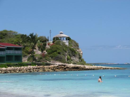 Long Bay, Antigua: GRAND PINEAPPLE BEACH ANTIGUA