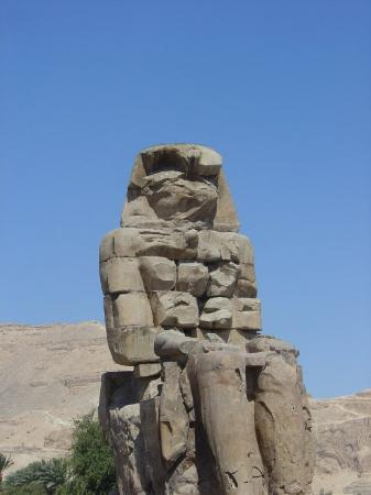 Colossi of Memnon: Egyptian meets cubist art movement...