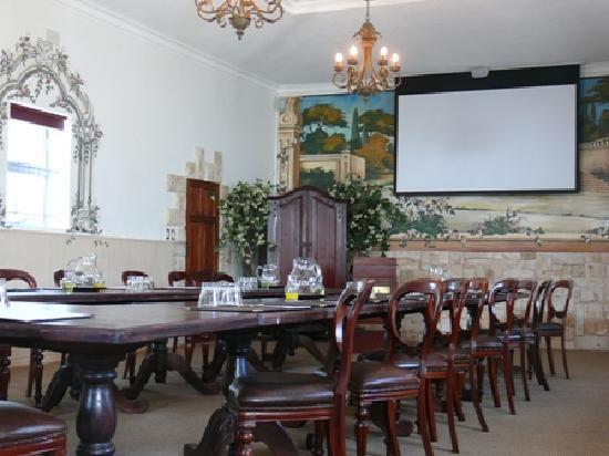 Misty Waves Boutique Hotel Hermanus: Conference Venue used as Chapel for exclusive weddings