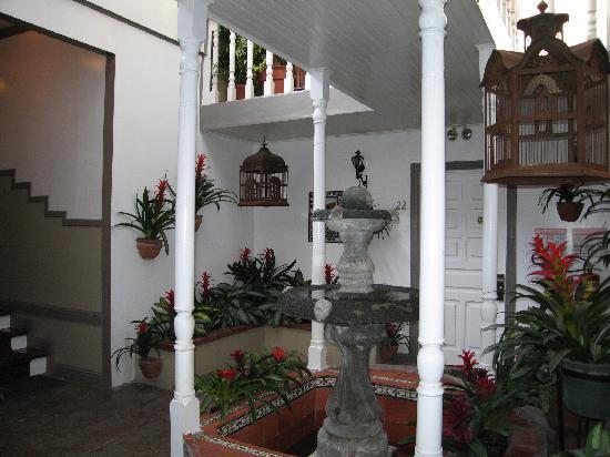 Hotel Grano de Oro San Jose: hallway