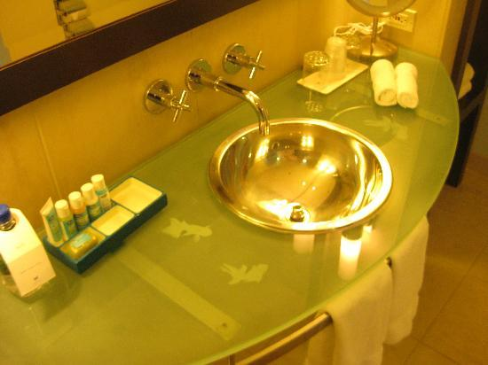 W San Francisco: Bathroom Vanity