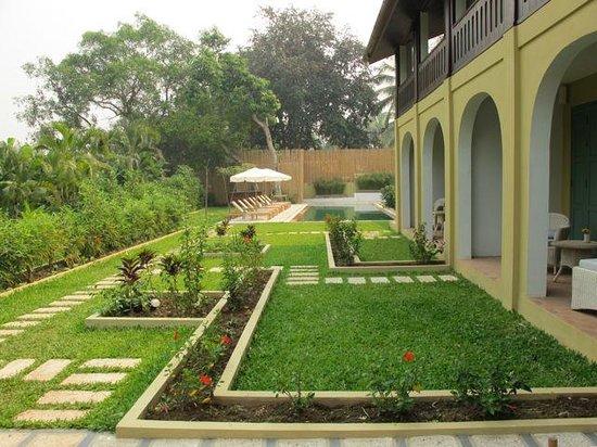 The Apsara Rive Droite: Apsara RD garden