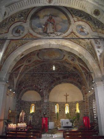 La Spezia, Italia: San Venerio in Migliarina (X sec.) - Interno