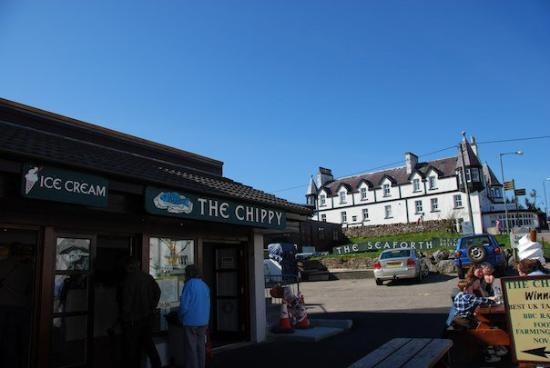 Ullapool, UK: Voted best chipper in the UK!!!!!
