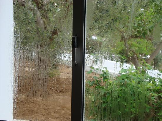 El Mouradi Club Selima: This was how the window looked - all of the time.