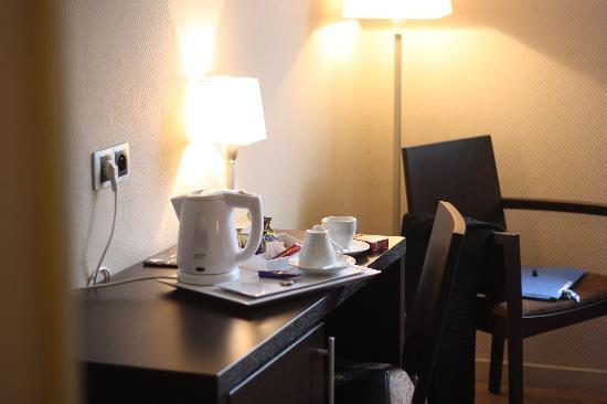 BEST WESTERN Hotel Des Barolles - Lyon Sud : Détail 1