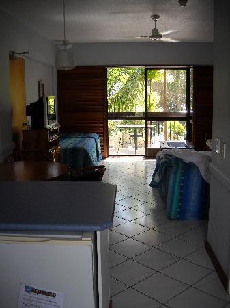 Point Lookout, ออสเตรเลีย: View of studio room from front door
