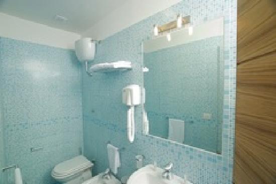 City Hotel Casoria: Sala da bahno camera deluxe