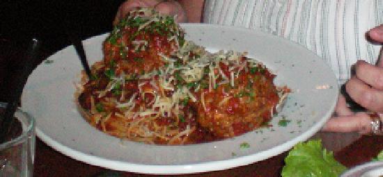Zest - Bistro & Bar: Huge Meatballs!