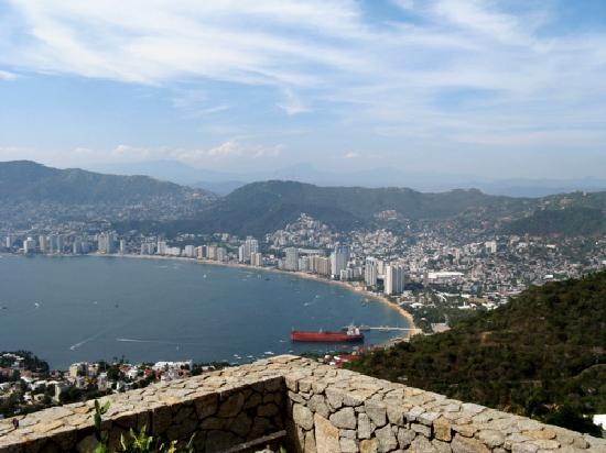 Tour by Van - Day  Tours : The Bay from the Chapel of Peace