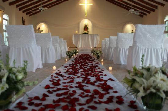 El Dorado Maroma, by Karisma : Chapel