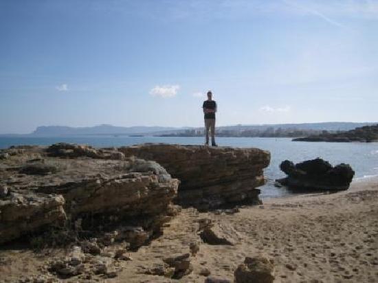 Daratsos, Grécia: Stranden med utsikt till Chania