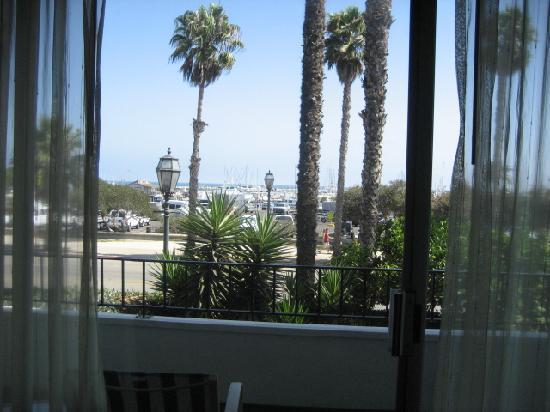 وست بيتش إن أكوست هوتل: view from balcony