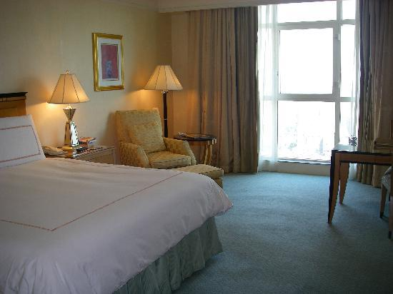 Four Seasons Hotel Cairo at Nile Plaza: Superior Room