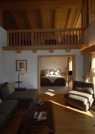 Le Chalet d'Adrien: chambre avec mezzanine