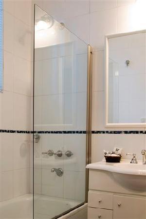 Apartamentos Libertad: Baño - Studio