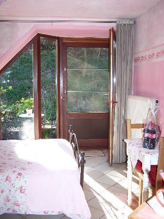 Baert Bed & Breakfast: Roze kamer