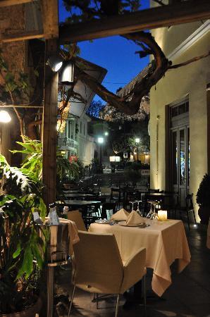 Athens, Daphne's