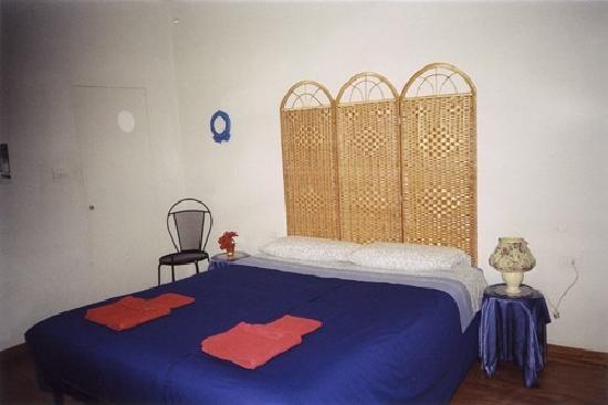 Residenza Maddalena: double bed room