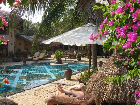 Mia Resort Mui Ne: pool